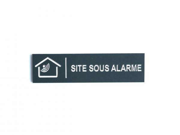 Signaletique sur panneau - site sous alarme - Auvergne Rhone Alpes, Clermont-Ferrand