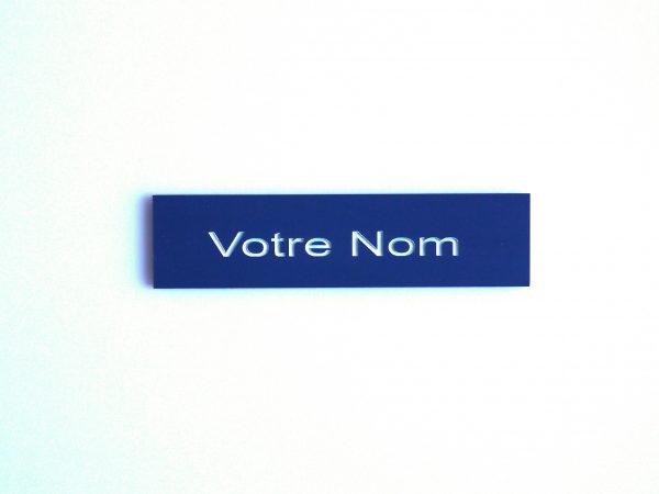 Plaque de boite aux lettres bleue