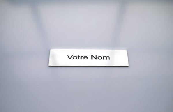 Plaque boite aux lettres finition métal argent