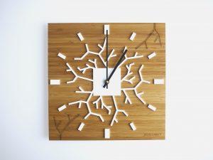 Horloge design bois Roots